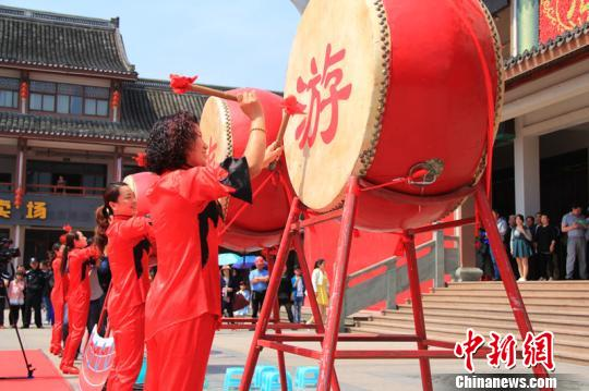 """浙江石浦渔港举办""""渔味""""谢洋节"""