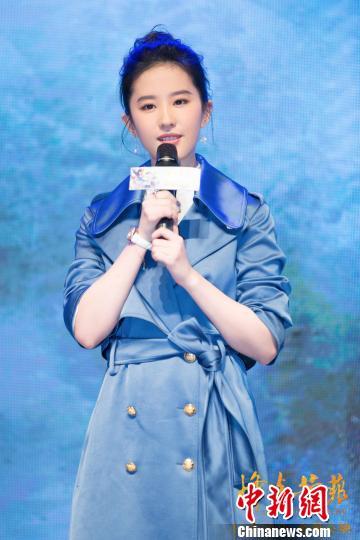 刘亦菲首演抗战寡母以安静细腻诠释深刻人性