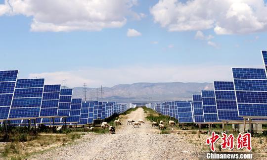 2018年青海省太阳能发电量94.74亿千瓦时居全国首位