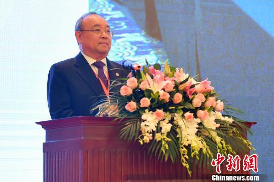 陈耀光当选广东省广府人珠玑巷后裔海外联谊会会长。 陈骥旻 摄