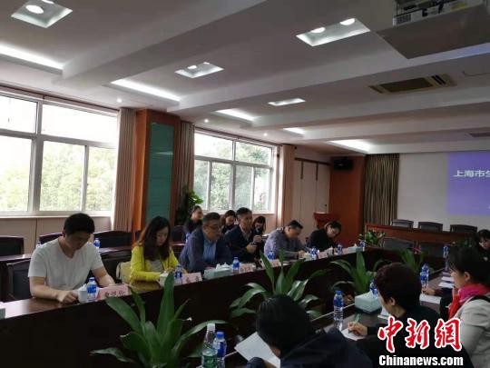 上海垃圾分类实效显著提升;分类体系基本建成。 陈静 摄