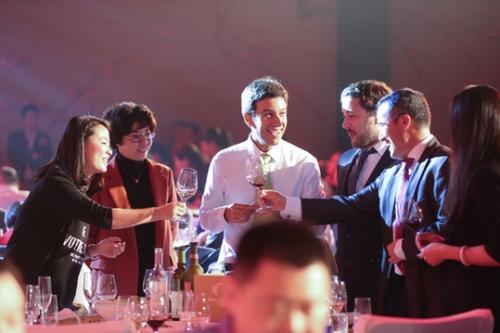 年轻消费者渐成中国葡萄酒市场消费主体