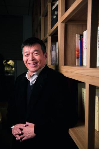 胡鞍钢。摄影/中国新闻周刊记者 董洁旭