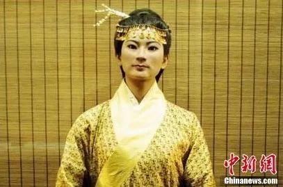原湖南省博物馆辛追夫人复原蜡像。卢文伟 摄