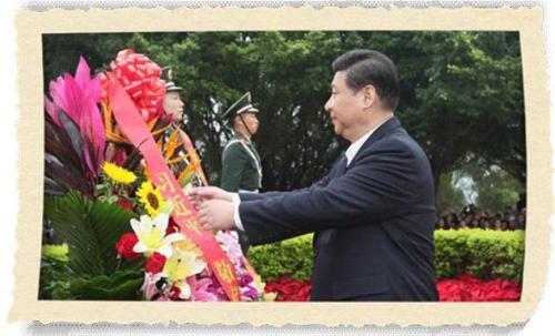 2012年12月8日,习近平在深圳莲花山公园向邓小平铜像敬献花篮。(来源:新华社)