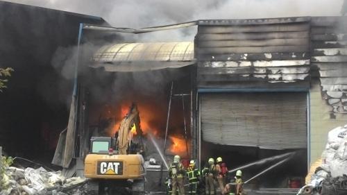 火灾现场。图片来源:台湾《联合报》 记者 黄宣翰/摄