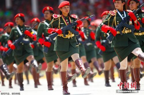 当地时间2019-02-23,委内瑞拉加拉加斯,委内瑞拉举行阅兵,纪念前总统查韦斯逝世一周年,