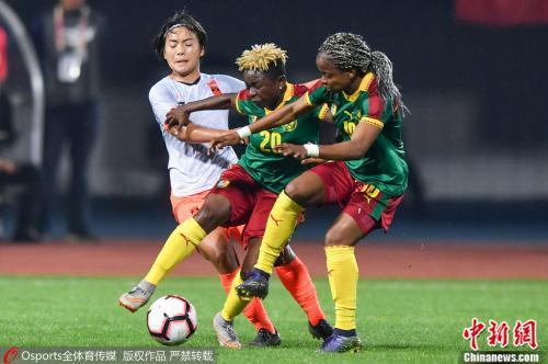 女足队员王霜在比赛中。图片来源:Osports全体育图片社