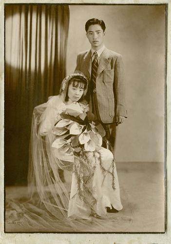 刘光典与王素莲结婚照。刘玉平供图