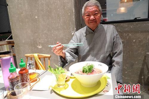 材料图:蔡澜。a target='_blank' href='http://www.chinanews.com/'种孤社/a记者 洪少葵 摄