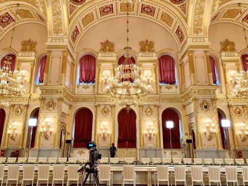 這是克里姆林宮亞歷山大廳,中俄兩國元首大范圍會談在這里舉行。新華社記者丁林攝