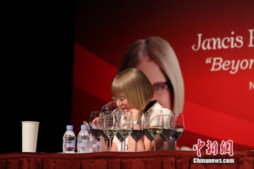 """杰西斯•罗宾逊列出""""中国的奖杯葡萄酒""""名单"""