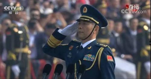 超100名将军亮相阅兵场 多名上将有一线作