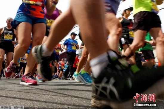 资料图:马拉松比赛中