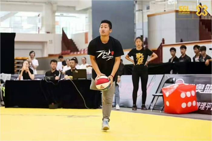 骆祥健在三分球大赛比赛中。受访者供图。