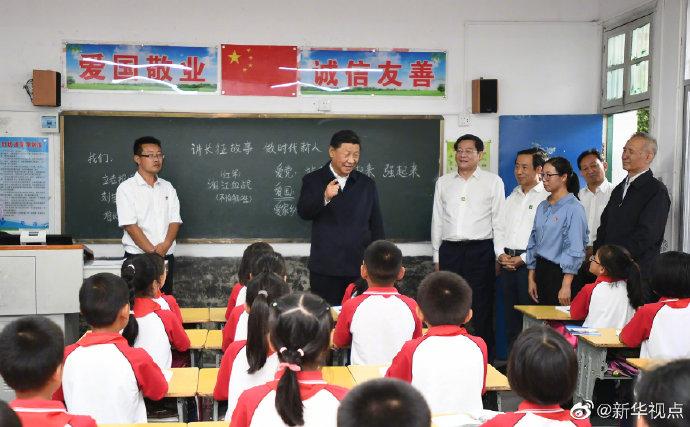 习近平勉励乡村小学生:努力成长为中华民族的参天大树