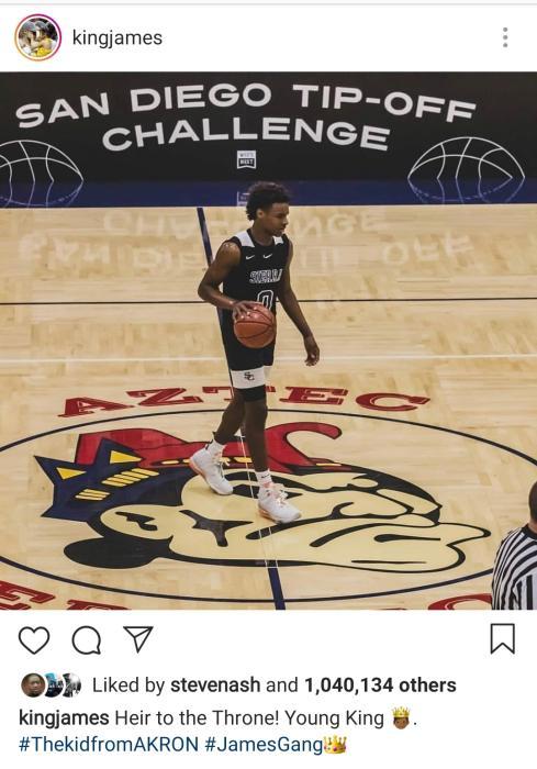 詹姆斯对于布朗尼寄予厚望,经常在社交媒体分享儿子打球时的照片。