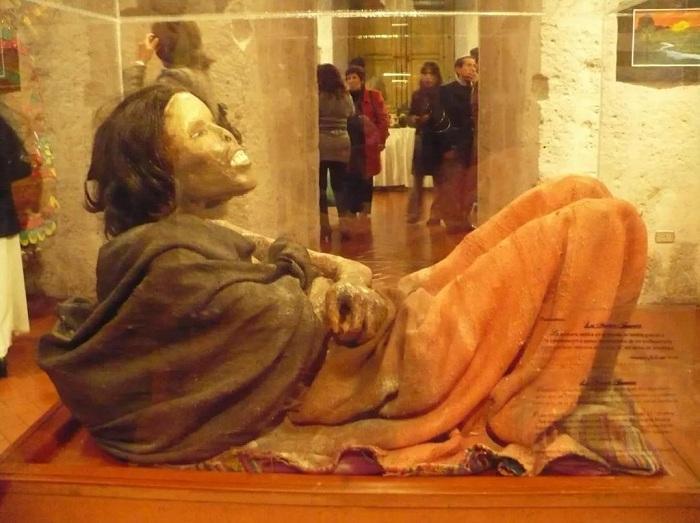 """秘鲁""""冰冻少女""""胡安妮塔被宣布为国家文化遗产。图片来源:秘鲁《公言报》"""