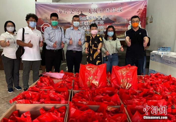 记者手记:留守印尼的中国人度过别样春节