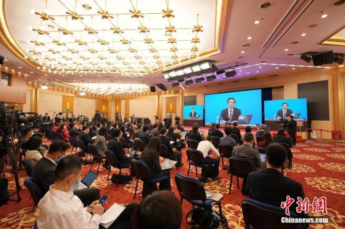 3月4日晚,十三届全国人大四次会议新闻发布会在北京人民大会堂新闻发布厅举行,图为分会场。 中新社记者 蒋启明 摄