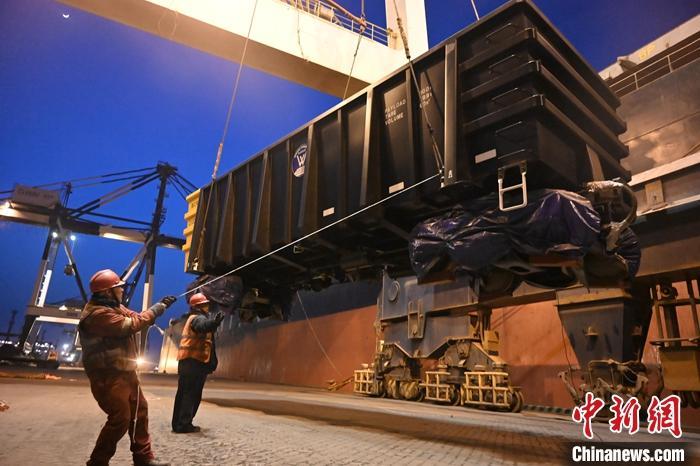 2020年煙臺港鋁礬土礦吞吐量1.2億噸
