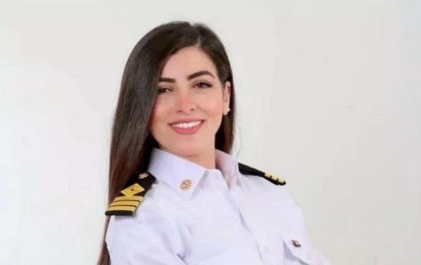 图5:埃及女船长伊丝兰达。图片来源:伊丝兰达个人社交媒体账户。