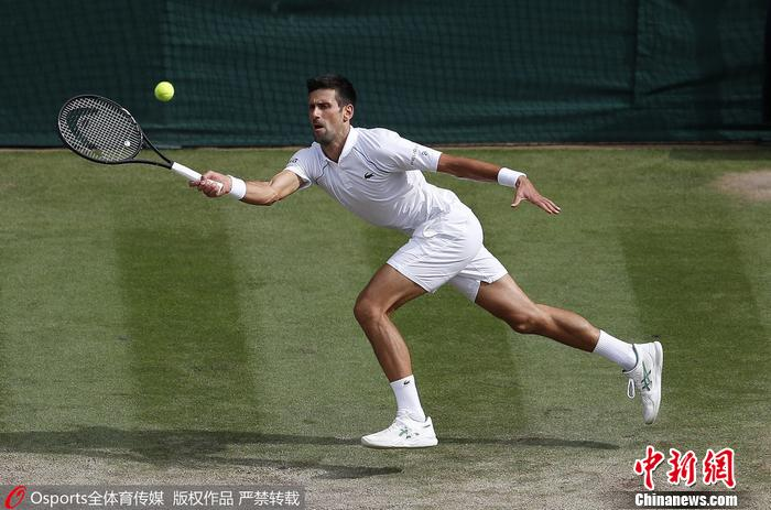 德约科维奇在比赛中 图片来源:Osports全体育图片社