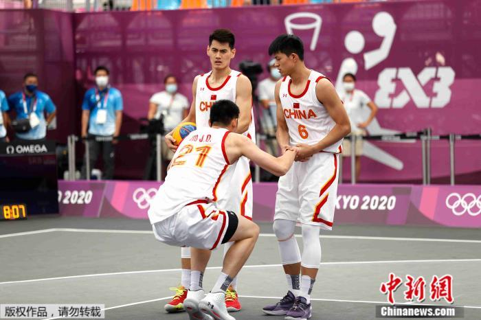 奥运三人篮球开赛 中国女队开门红男队遭遇两连败