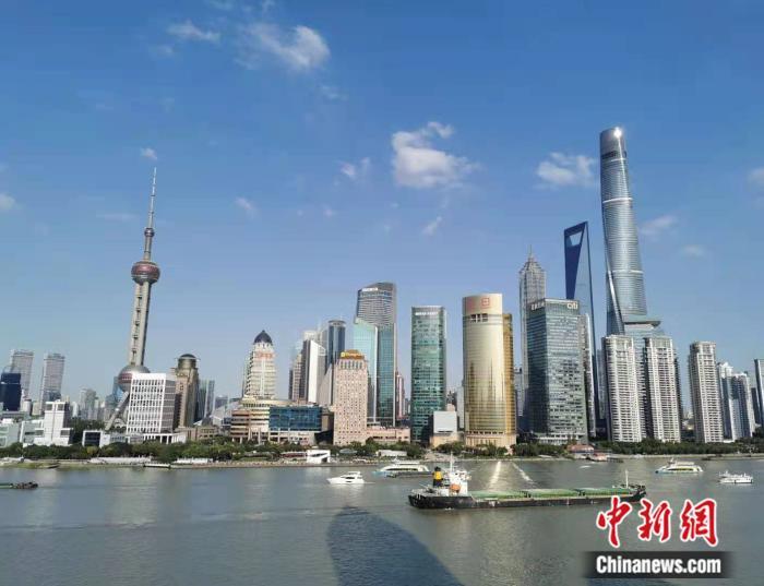 今年7月,上海等5个城市率先开展国际消费中心城市培育建设。 资料图。许婧 摄