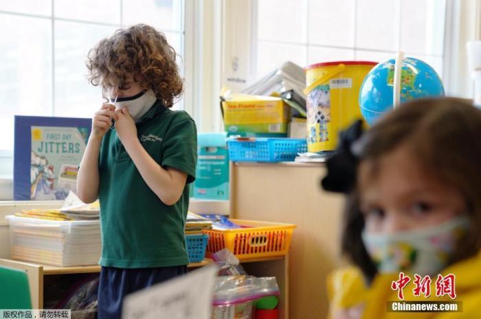 美纽约州曾瞒报1.2万死亡!全美儿童新增病例猛涨