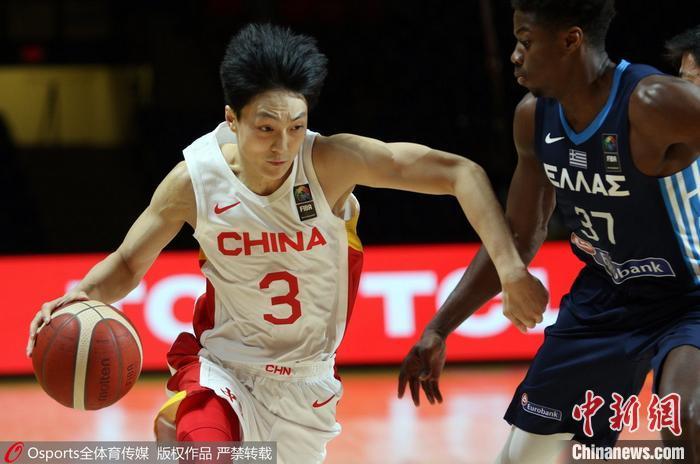 中国男篮不敌希腊队 图片来源:Osports全体育图片社