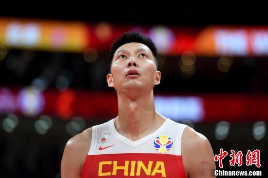 资料图:2019年9月8日,中国男篮在世界杯小组赛第二阶段的最后一场比赛中,73-86不敌尼日利亚,失去了直通东京奥运会的资格。
