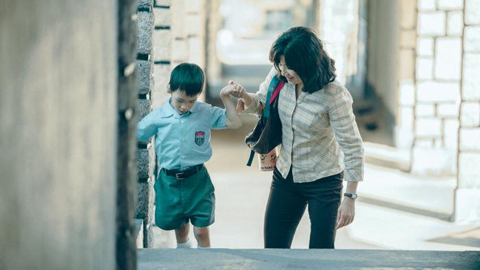 《妈妈的神奇小子》剧照。