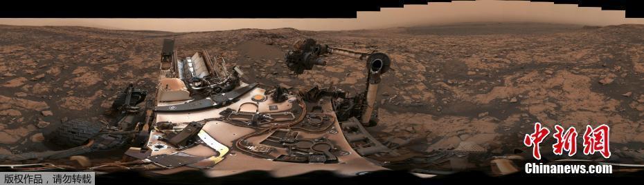 全景看火星 好奇号在沙尘暴之后发回自拍
