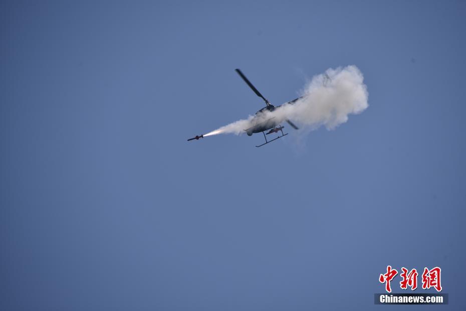 中国国产AV500W察打无人直升机完成靶试