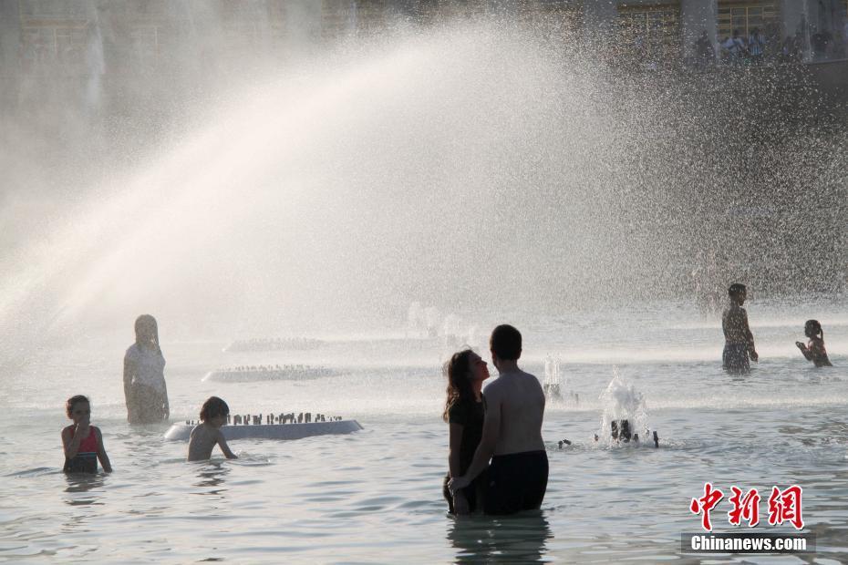 法国遭遇史上罕见热浪袭击