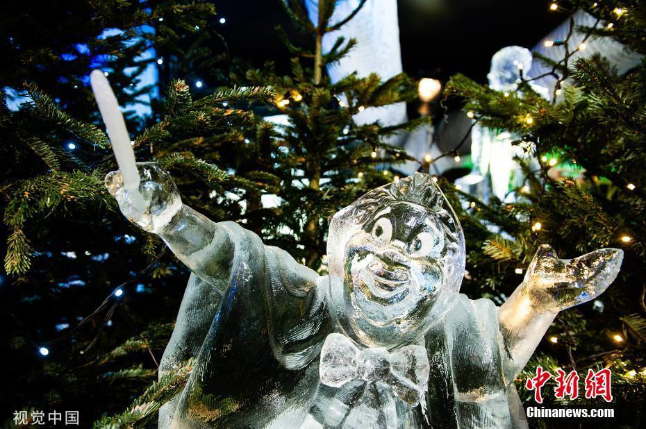 荷蘭席凡寧根舉辦冰雕展 如夢如幻