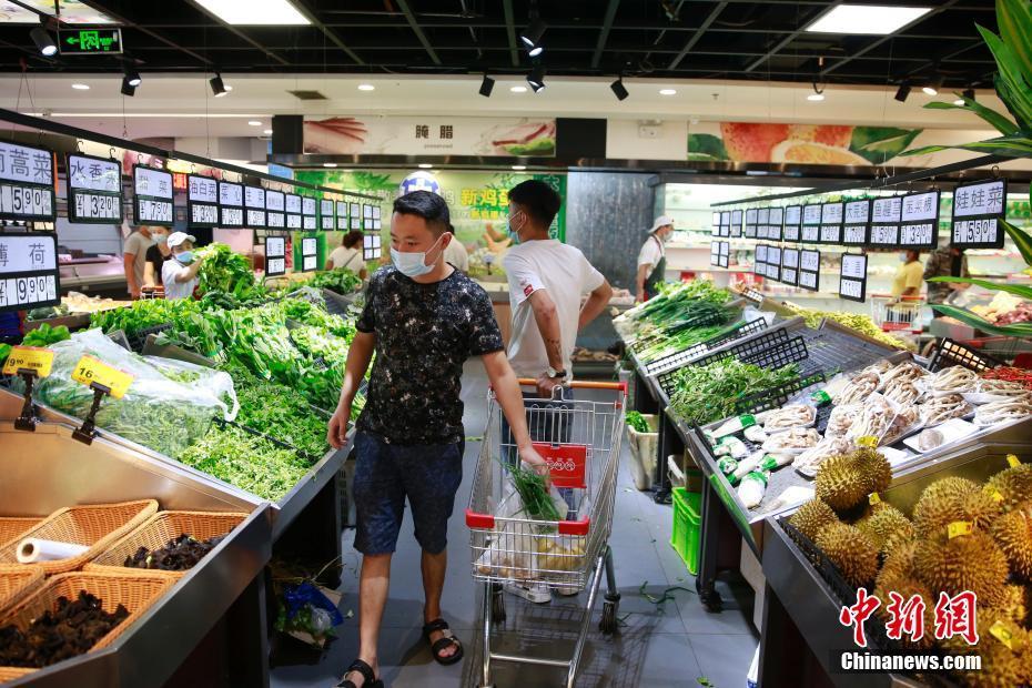 云南瑞丽:基本生活物资供应充足