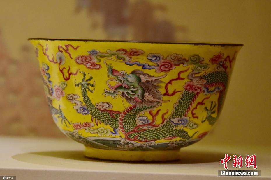 清代宫廷珍品在中国国家博物馆开展