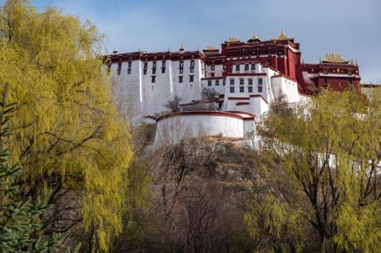 Central SOEs to invest big in Tibet in 2021-2025 period