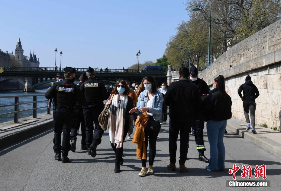 """法国巴黎:""""封城""""中的复活节假期"""