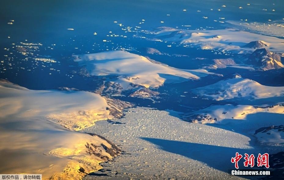 全球变暖 格陵兰岛冰盖大面积融化