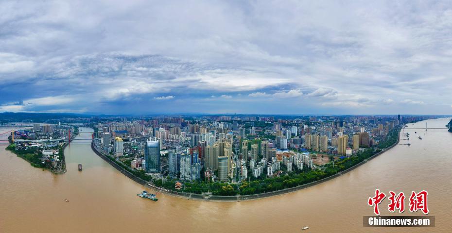 """""""长江2021年第1号洪水""""平稳过境三峡水域"""