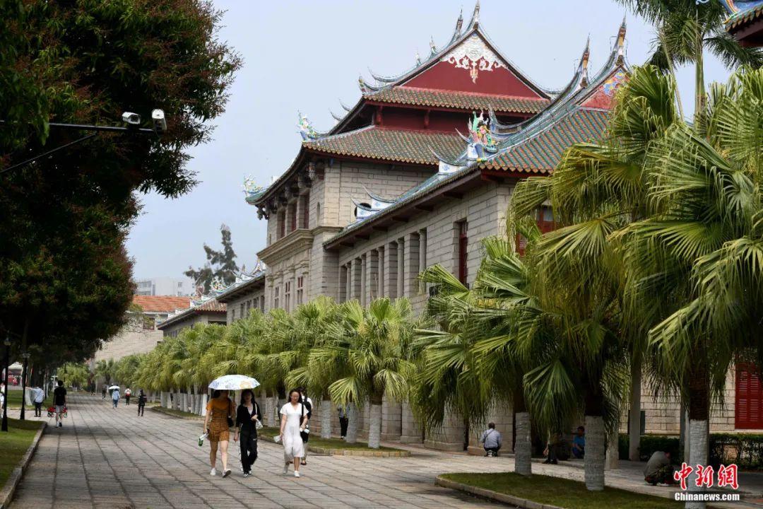100年前,陈嘉庚在厦大奠基石下埋下了什么?