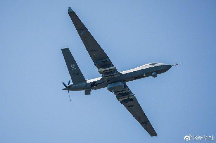翼龙破长空!大型无人机首次在国际航展飞行展示