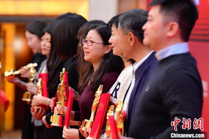報告指今年中國短視頻用戶使用時長首次超過長視頻