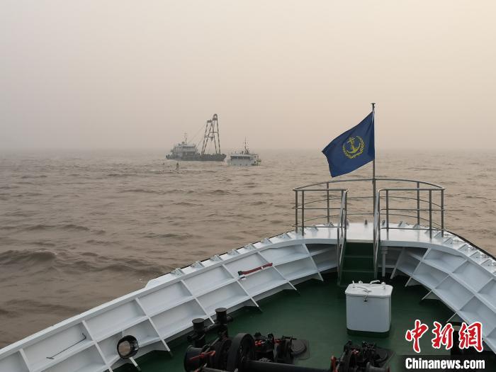 图为救援现场。 宁波海事提供 摄
