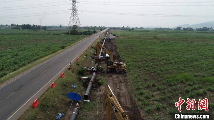 中石油管道局承建泰国拉差布里项目线路