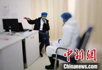 云南省支援湖北医疗队在赤壁市开设心理咨询门诊