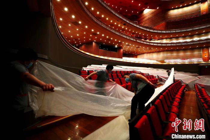 国家大剧院恢复参观 线下演出尚待重启